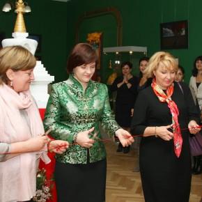 """Открытие выставки """"Сокровища Гималаев"""" во Владивостоке"""